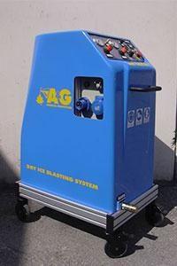 macchinario per pulizia criogenica